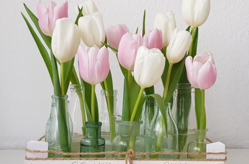 Upcycling mit Kalligraphie und Blumen