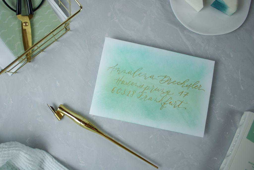 Umschlag mit Stempelkissen färben