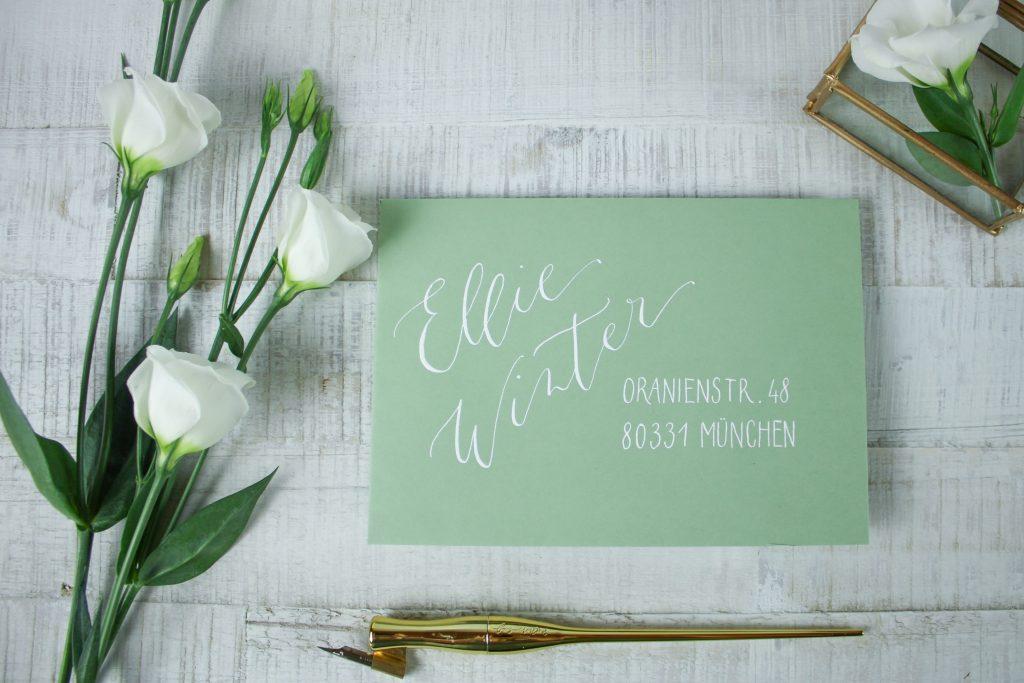 elegant beschrifteter Briefumschlag